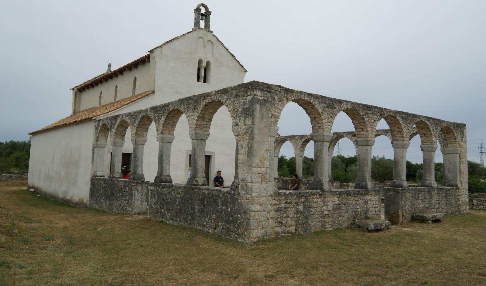Cerca de Medjugorje ha Aparecido un Lugar Milagroso de Sanaciones