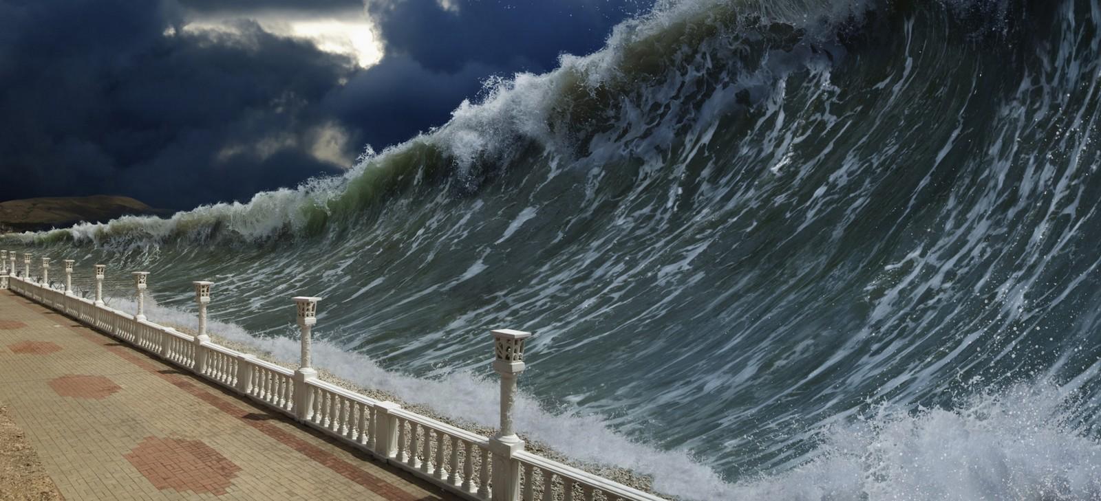 tsunami sobre la costa fondo