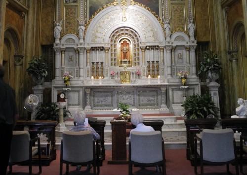 capilla de loa angeles de adoracion perpetua
