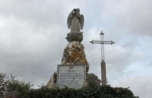 estatua del angel de la paz fatima