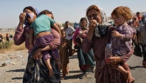 mujeres y niños yazidies