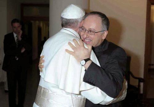 abrazo de francisco y spadaro
