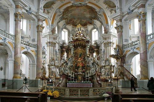altar de los 14 santos auxiliadores