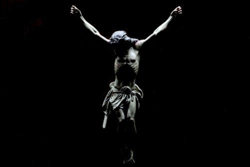 jesus crucificado sin cruz fondo