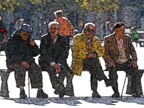 viejos en un banco
