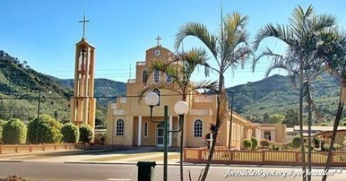 Virgen de la Cueva Santa es también es la Patrona de la Parroquia Santa Maria de Dota Costa Rica