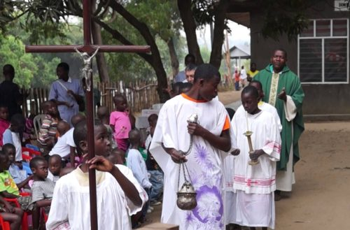 misa catolica en africa