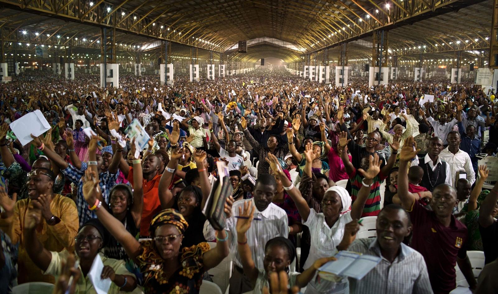 Por qué los Occidentales debemos Mirar con Atención al Cristianismo en África