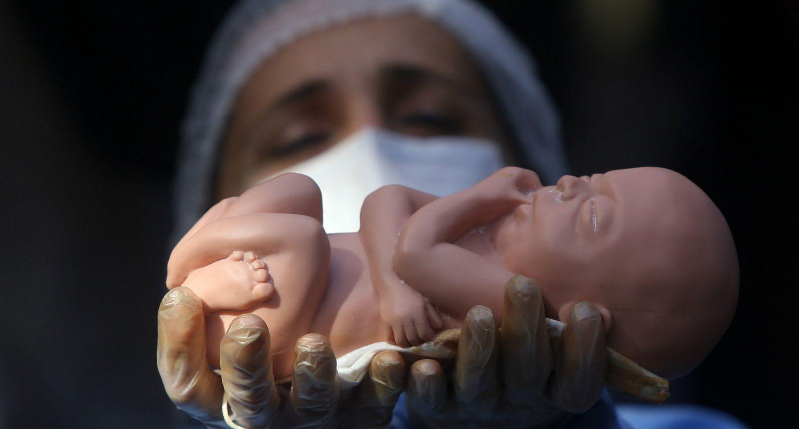 """La Generación """"Abortista"""" morirá por la Eutanasia que le harán sus Hijos Sobrevivientes"""