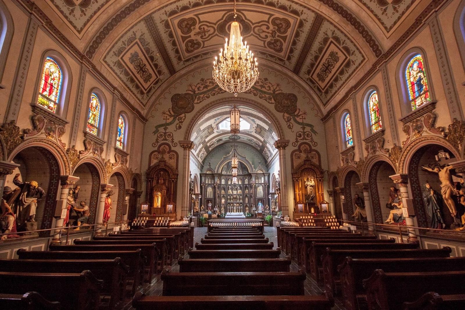 La Colección más Grande de Reliquias Fuera del Vaticano