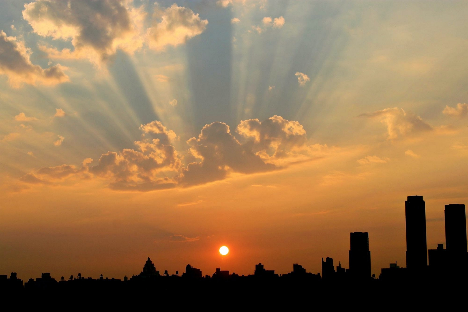 Cómo Descubrir los Formidables 'Guiños de Dios' para Guiarnos y Alentarnos