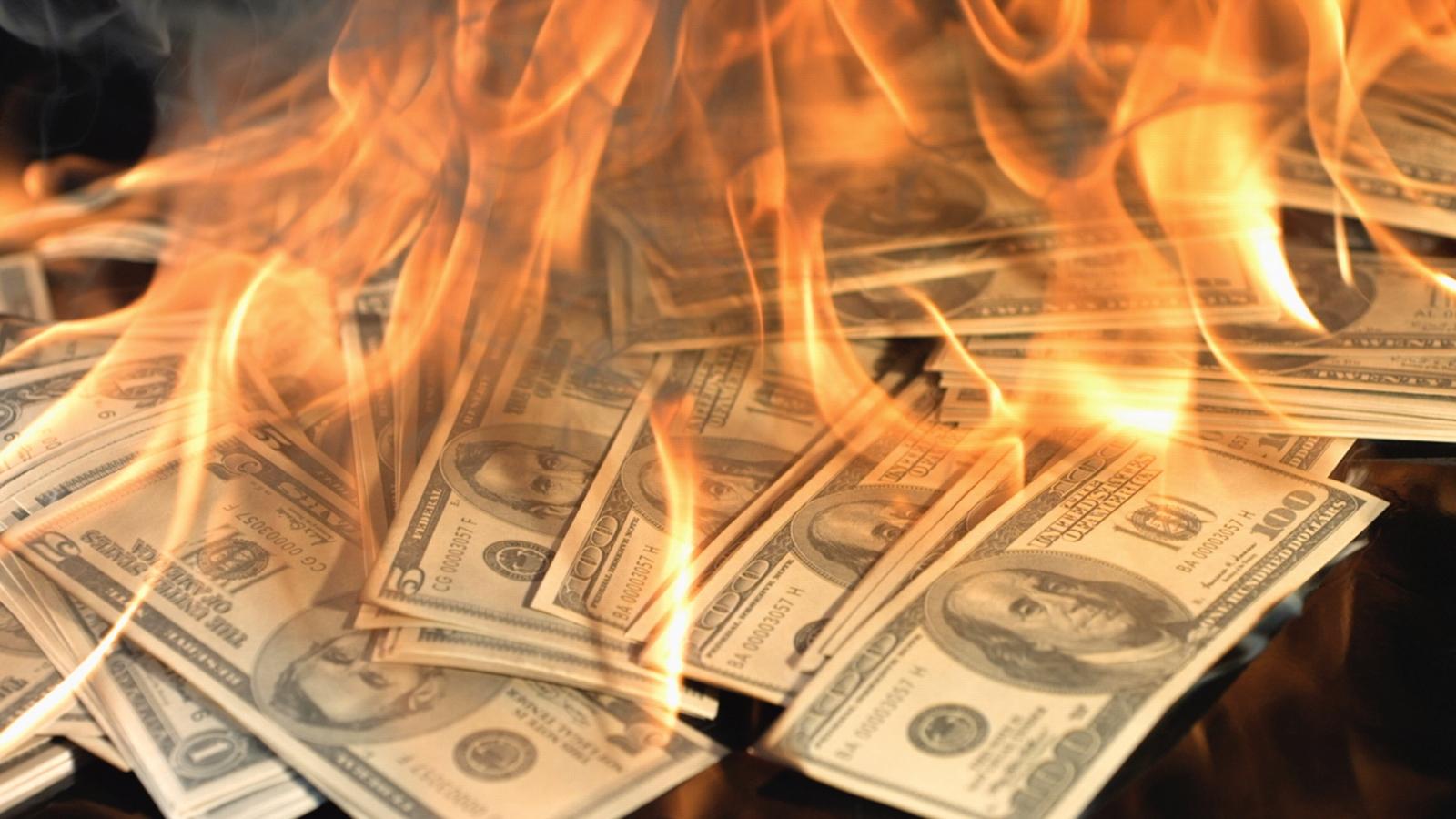 Cómo se Prepara el Sistema Económico Mundial para la Venida del Anticristo