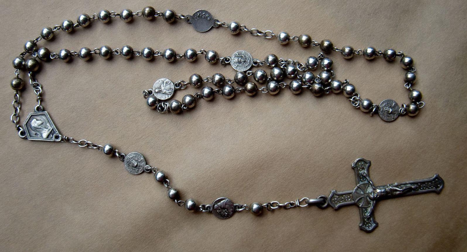 El fascinante mundo del dise o de los rosarios foros de for Como limpiar un rosario de plata