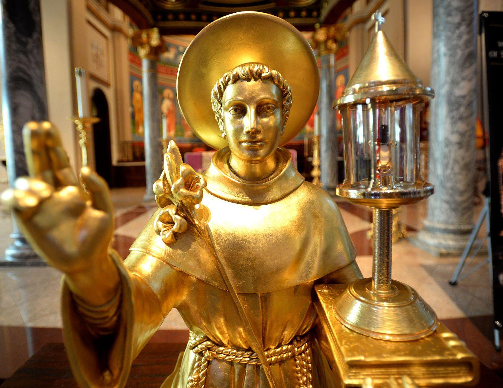 Los Impresionantes Milagros de San Antonio de Padua