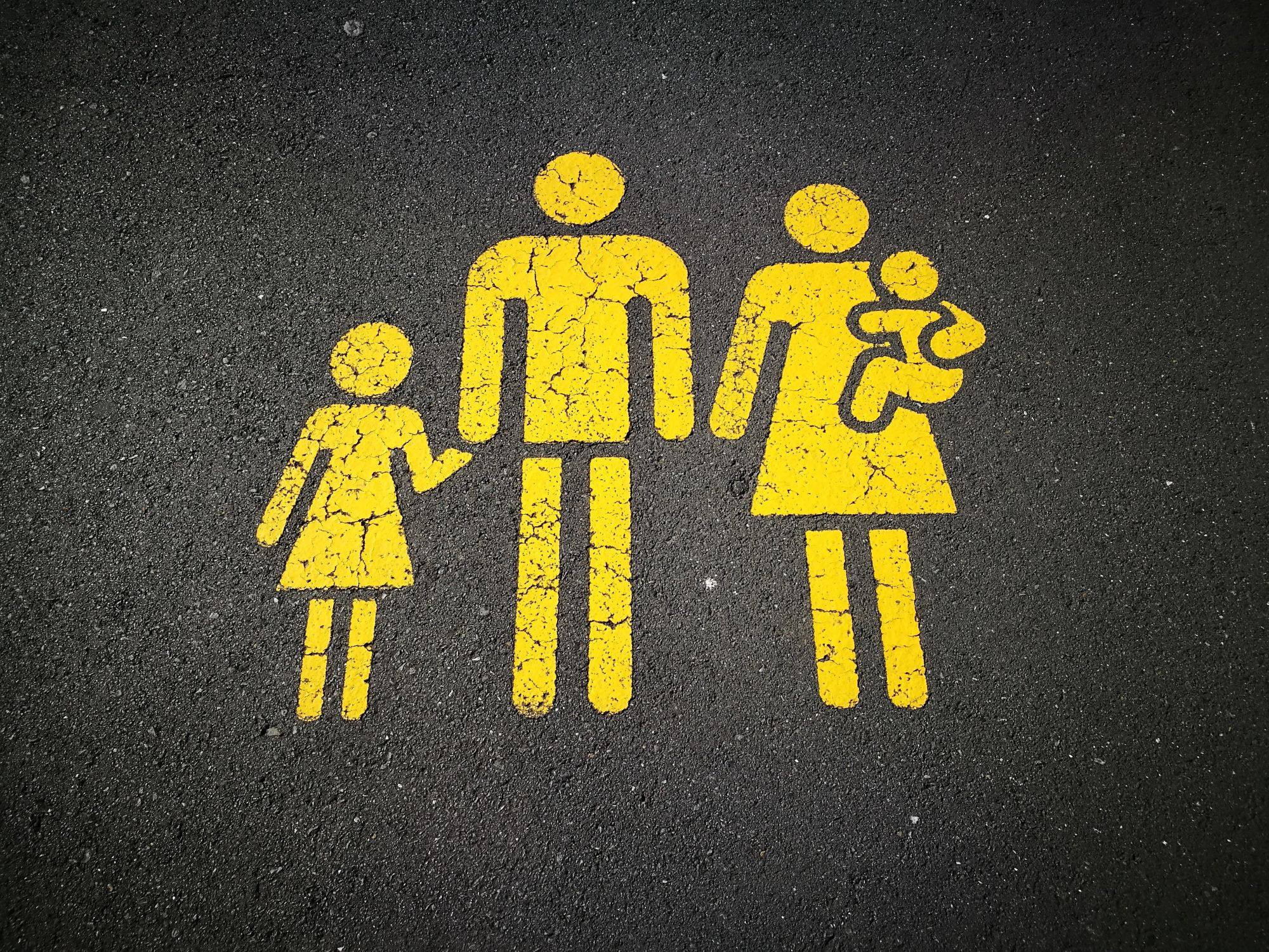 La Estrategia del Nuevo Orden para Desmontar la Familia [¿cómo podemos defenderla?]