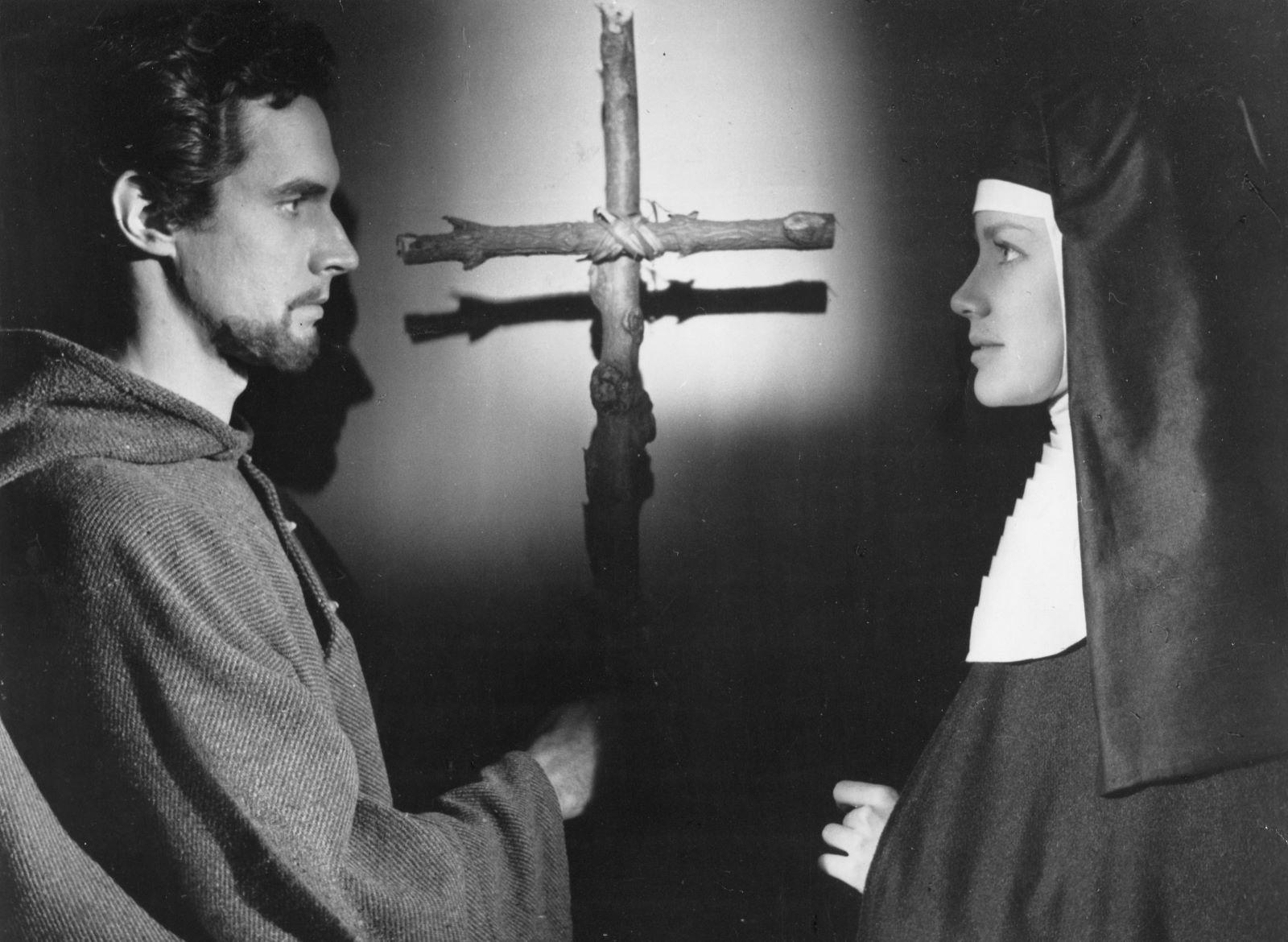 La impactante Iluminación de Dolores Hart [de famosa actriz de Hollywood a abadesa de monasterio]