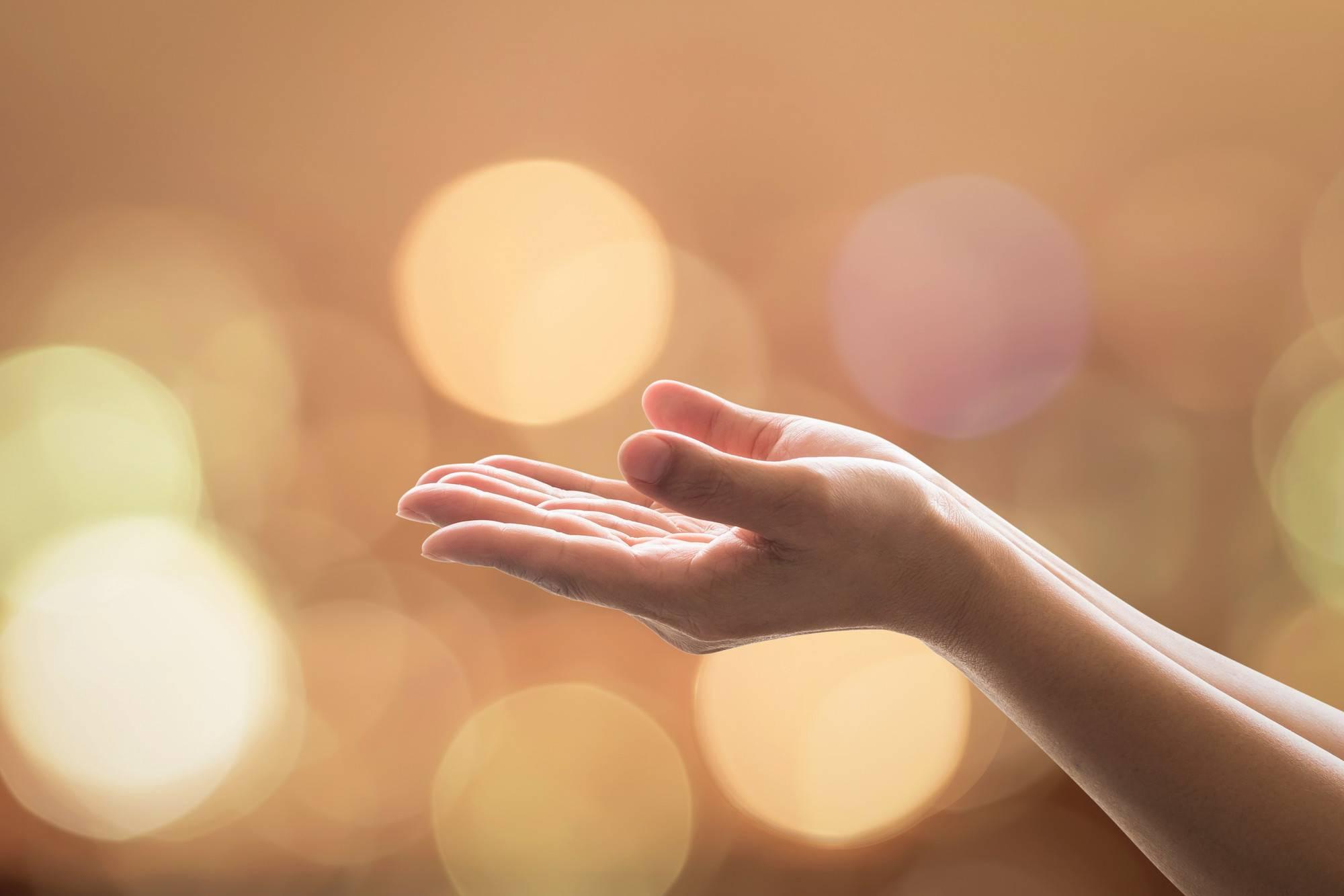 Las 9 Oraciones para Momentos Difíciles [como lo hacía la Madre Teresa de Calcuta]