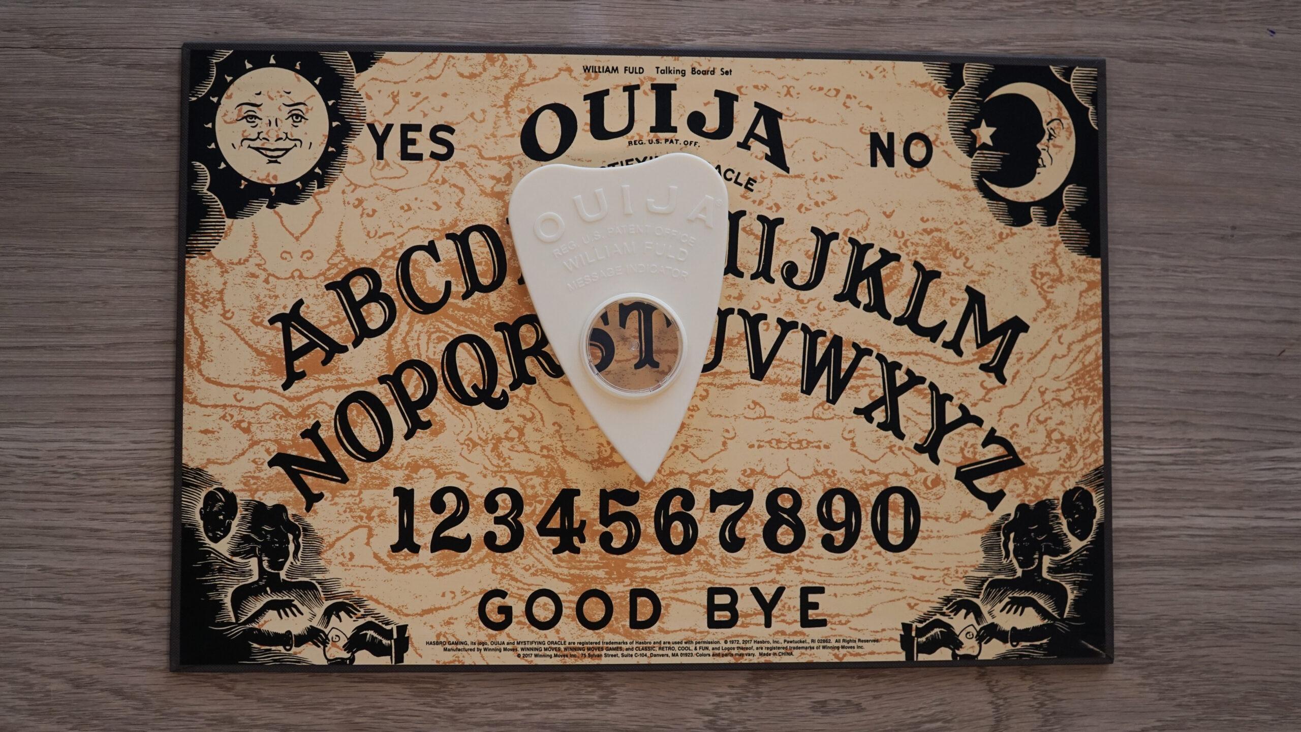 Poseídos por jugar a la Ouija [historias reales del diabólico tablero]